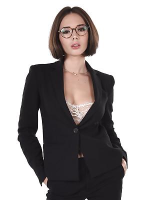 Eve Sweet Business Class